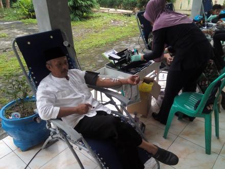 Kegiatan donor darah setiap 3 bulan sekali